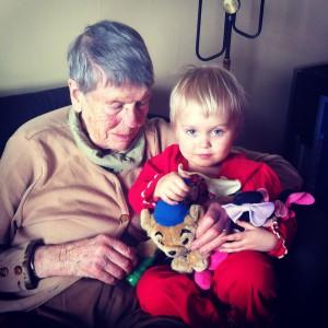 Min farmor och min dotter.